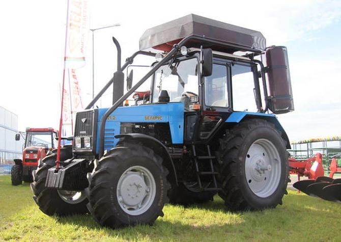 Трактор МТЗ-1221 БЕЛАРУС с газодизелем