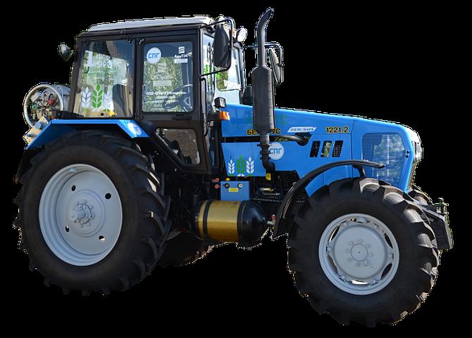 Трактор МТЗ-1221 БЕЛАРУС на СПГ