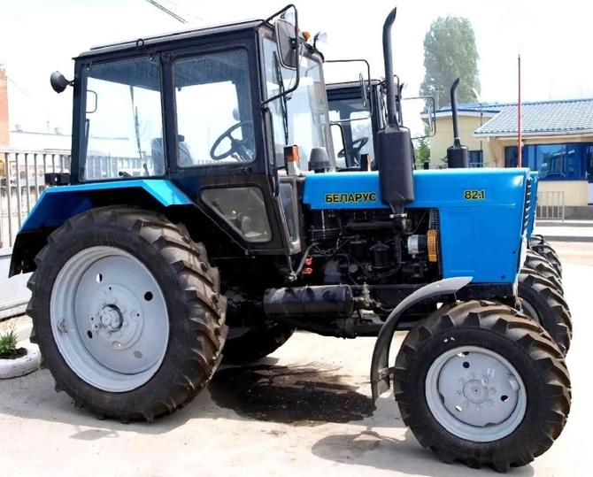 МТЗ 82.1 «Беларус»: обзор и характеристики легендарного трактора