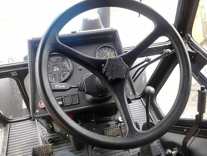 Трактор МТЗ-80.1/82.1 кабина